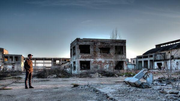 Opuszczony teren w strefie elektrowni jądrowej w Czarnobylu - Sputnik Polska