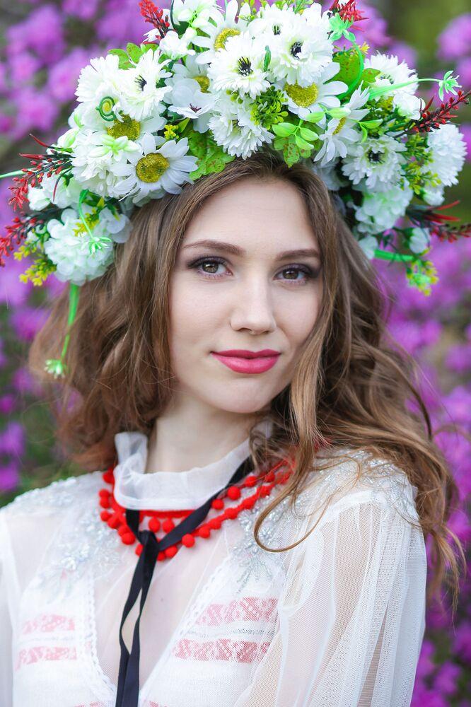 Uczestniczka konkursu piękności Królowa wiosna Białorusi Jana Szadrina