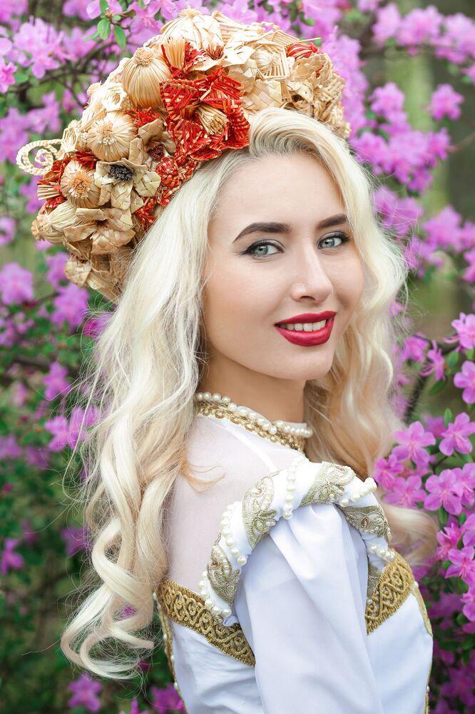 Uczestniczka konkursu piękności Królowa wiosna Białorusi Alina Stielmakowa