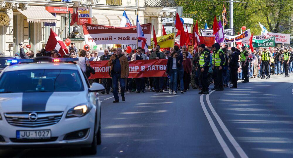 Pierwszomajowa demonstracja sztabu obrońców rosyjskich szkół w Rydze