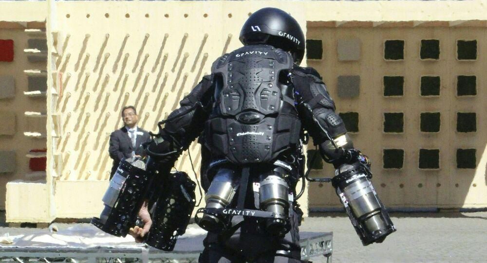 Iron Man i człowiek-rakieta Richard Browning w kostiumie odrzutowym