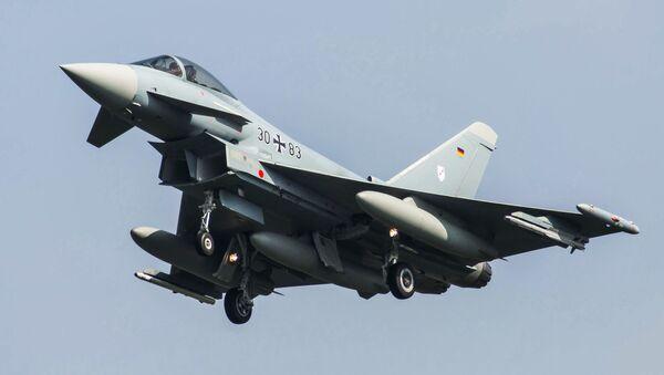 Niemiecki myśliwiec Eurofighter 2000 - Sputnik Polska