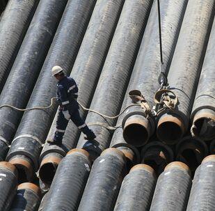 Budowa morskiego odcinka gazociągu Przyjaźń po dnie Morza Czarnego