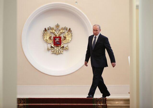 Prezydent Rosji Władimir Putin przez uroczystością zaprzysiężenia na Kremlu