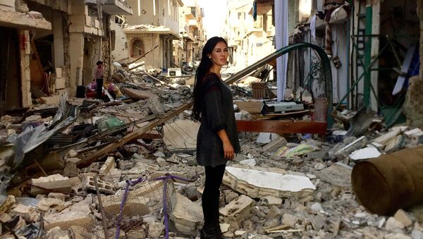 Boliwijska reżyserka i aktorka Carla Ortiz w Syrii - Sputnik Polska