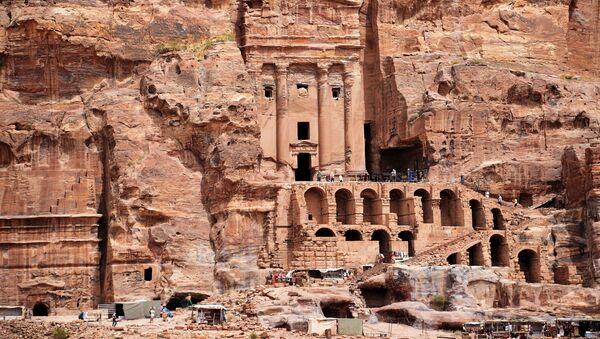 Starożytne miasto Petra w Jordanii - Sputnik Polska