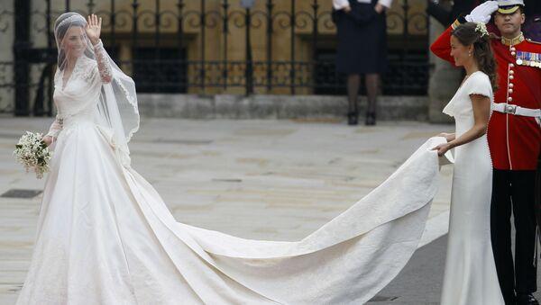 Kate Middleton podczas ceremonii ślubnej w Londynie - Sputnik Polska