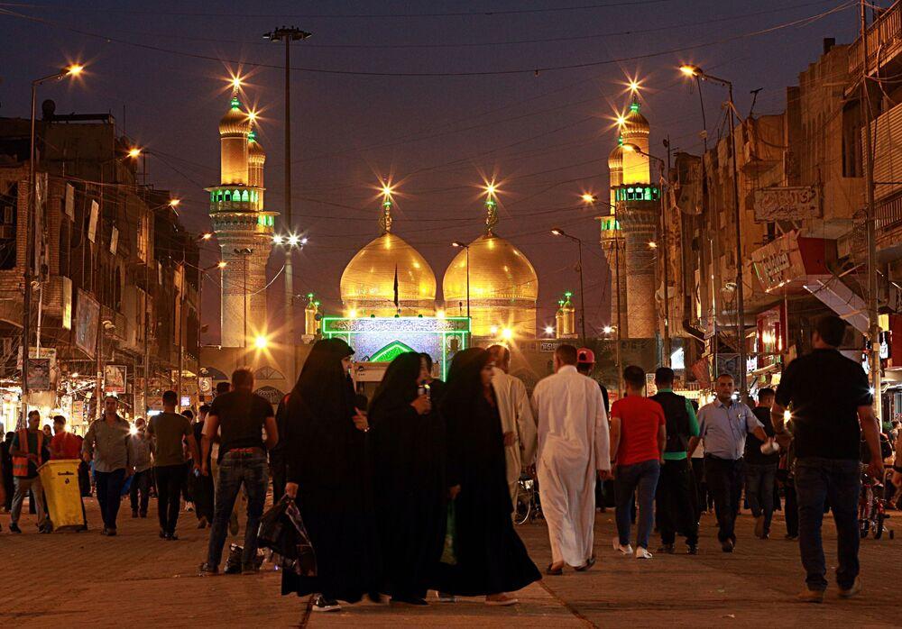Pierwszy dzień świętego miesiąca Ramadanu w Iraku