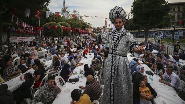 Święty miesiąc Ramadanu w Turcji - Sputnik Polska