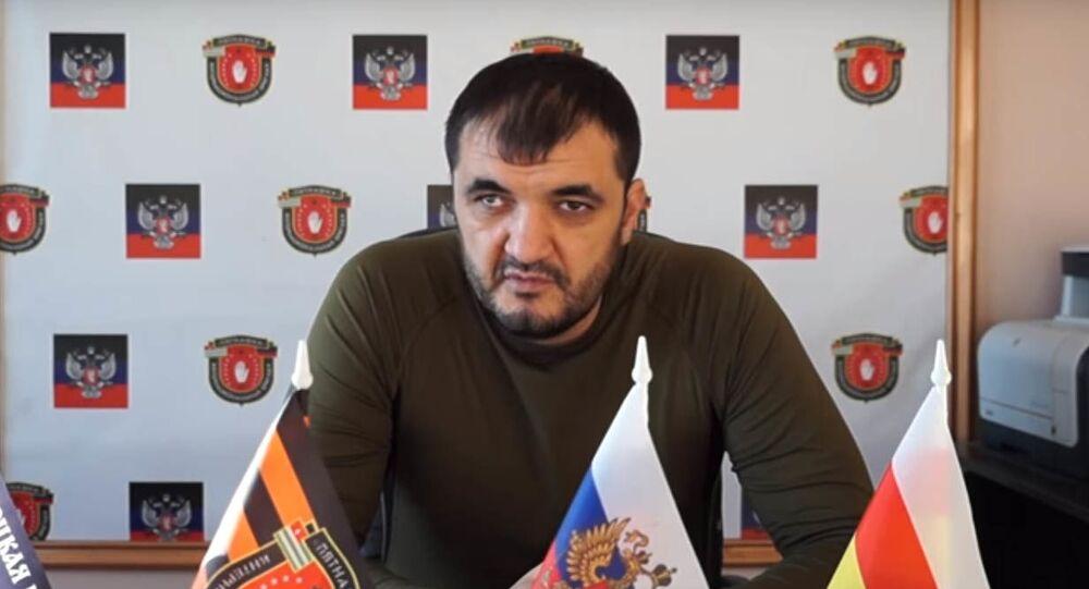"""Dowódca międzynarodowej brygady """"Piatnaszka"""" w DRL Oleg Mamiew"""