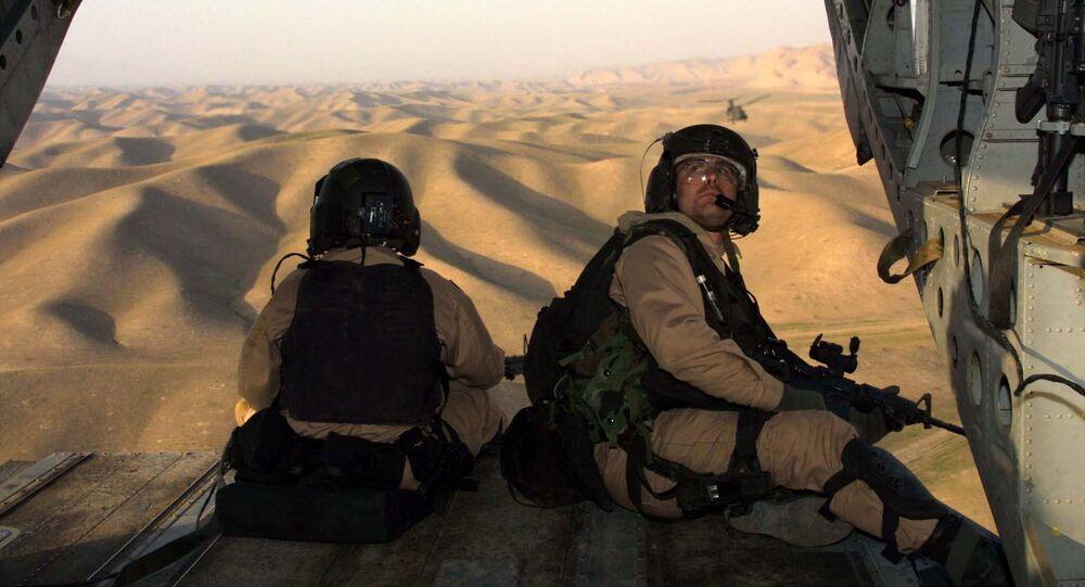 Amerykańscy żołierze w drodze do Afganistanu