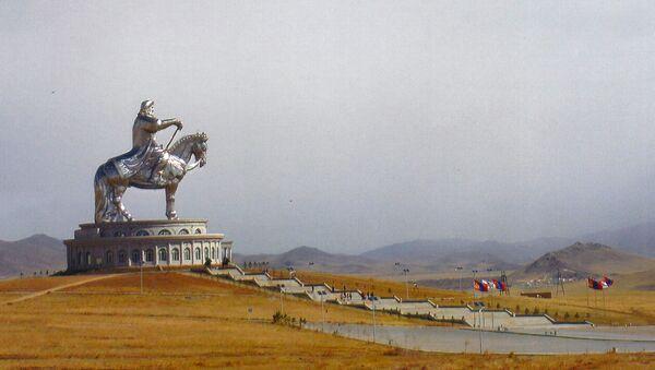 Pomnik Czyngis-chana w Mongolii - Sputnik Polska