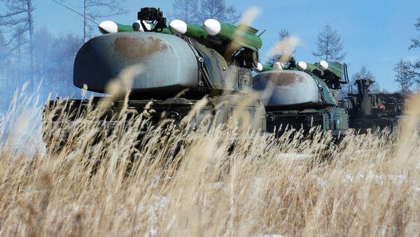 Systemy rakietowe Buk podczas ćwiczeń wojsk obrony przeciwlotniczej w Buriacji - Sputnik Polska