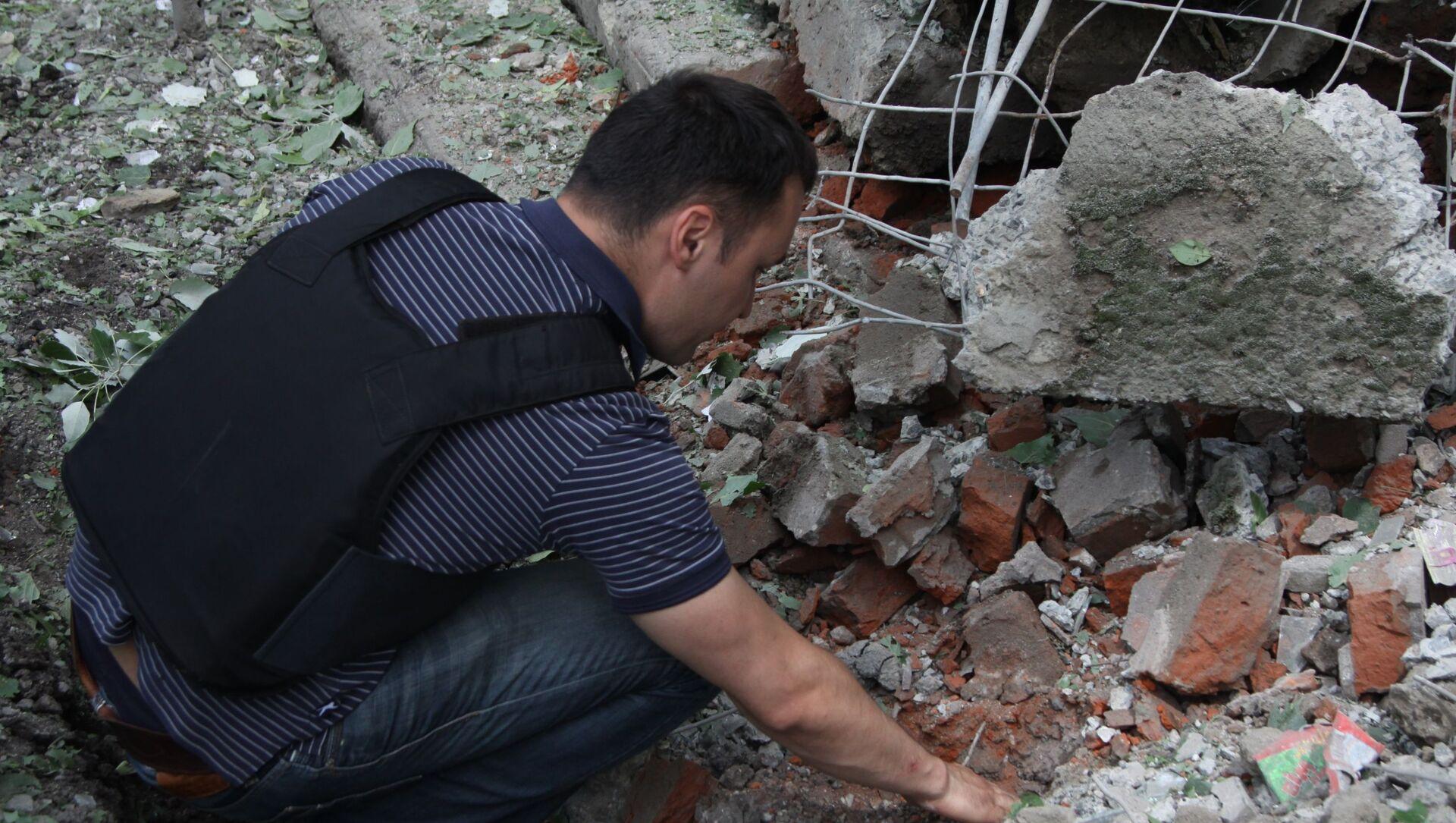 Konsekwencje ostrzału miejscowości w Donbasie przez ukraińskie siły bezpieczeństwa - Sputnik Polska, 1920, 16.04.2021