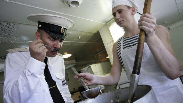 Kuchnia na statku desantowym Azow - Sputnik Polska
