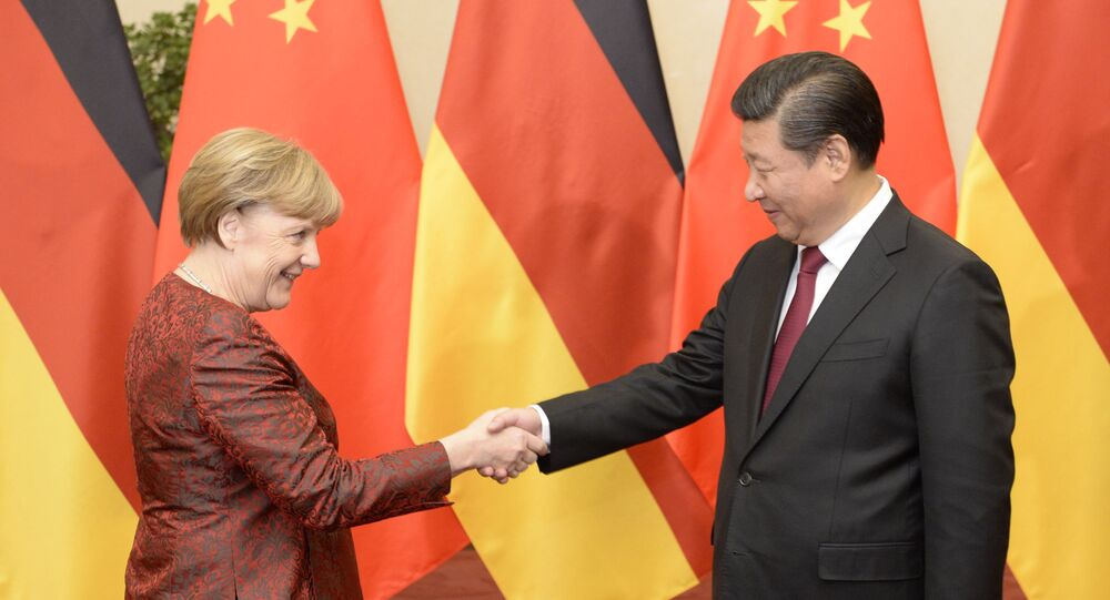 Kanclerz Niemiec Angela Merkel i prezydent Chin Xi Jinping w Pekinie