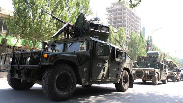 Afgańska policja patroluje ulice Kabulu - Sputnik Polska