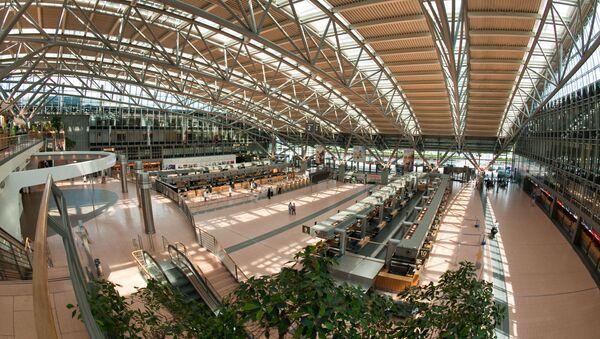 Terminal 2 portu lotniczego w Hamburgu - Sputnik Polska