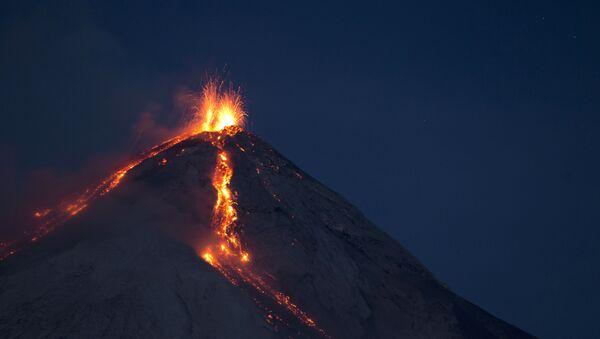 Wulkan Fuego, Gwatemala - Sputnik Polska