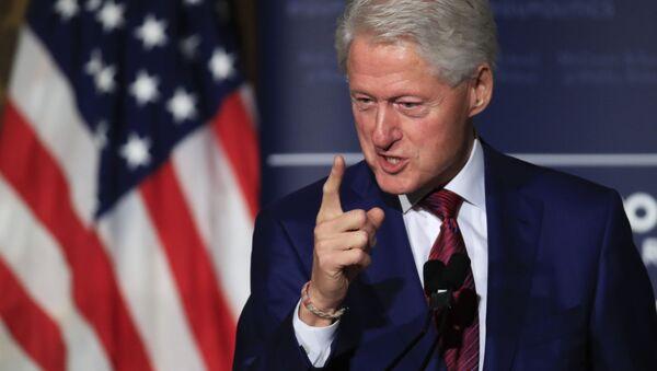 Były prezydent USA Bill Clinton przemawia na Uniwersytecie Georgetown w Waszyngtonie - Sputnik Polska