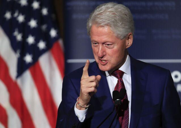 Były prezydent USA Bill Clinton przemawia na Uniwersytecie Georgetown w Waszyngtonie