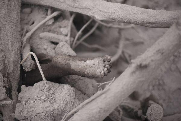 Ofiara erupcji wulkanu w Gwatemali - Sputnik Polska