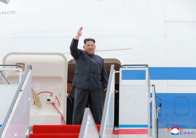 Kim Dzong Un przed wylotem do Singapuru