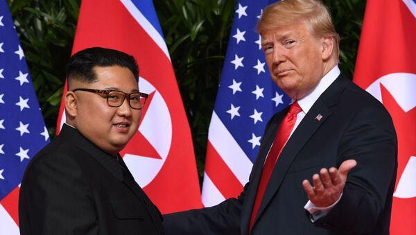 Historyczne spotkanie Trumpa i Kim Dzong Una - Sputnik Polska
