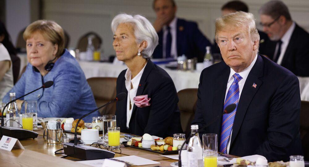Kanclerz Niemiec Angela Merkel, szefowa MFW Christine Lagarde i prezydent USA Donald Trump na szczycie G7 w Kanadzie