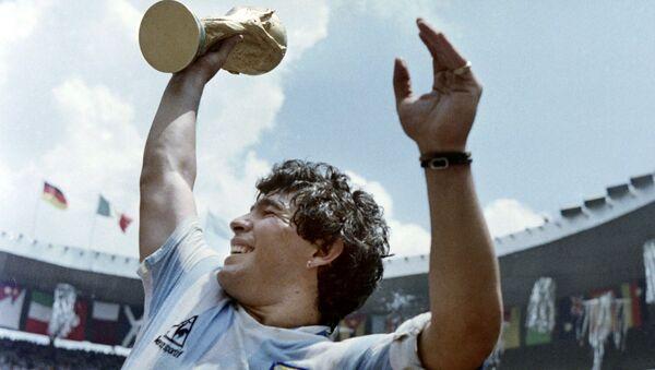 Kapitan argentyjskiej drużyny Diego Maradona, 1986 rok - Sputnik Polska