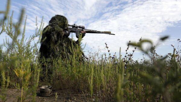 W Donbasie pojawił się oddział ukraińskich snajperówr - Sputnik Polska