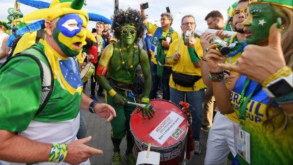 Kibice przed meczem Brazylia-Szwajcaria - Sputnik Polska