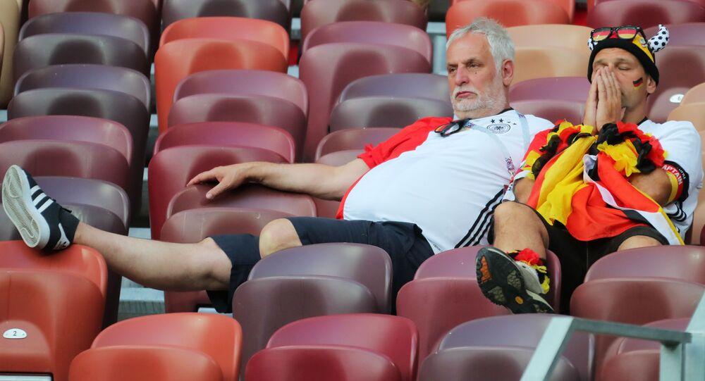 Niemieccy kibice po meczu z Meksykiem