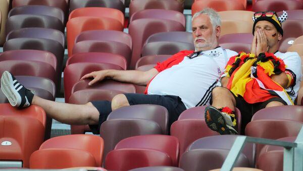 Niemieccy kibice po meczu z Meksykiem - Sputnik Polska