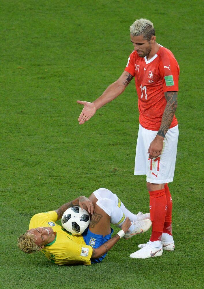 Mecz fazy grupowej Mistrzostw Świata w Piłce Nożnej między reprezentacjami Brazylii i Szwajcarii