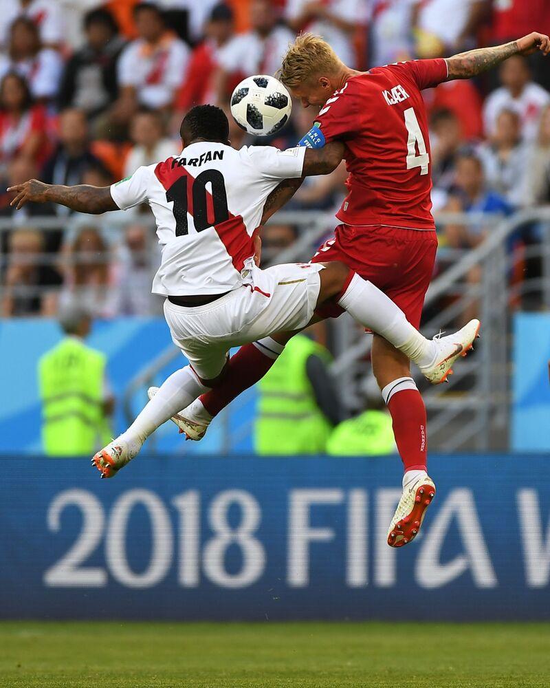 Mecz fazy grupowej Mistrzostw Świata w Piłce Nożnej między reprezentacjami Peru i Danii