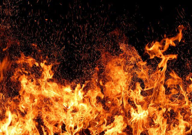 W USA rozpoczęto sprzedaż miotaczy ognia bez licencji