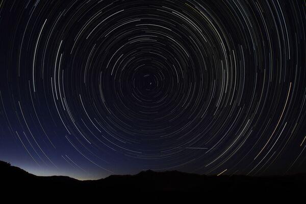Perseidy – jeden z najbardziej regularnych rojów meteorów - Sputnik Polska