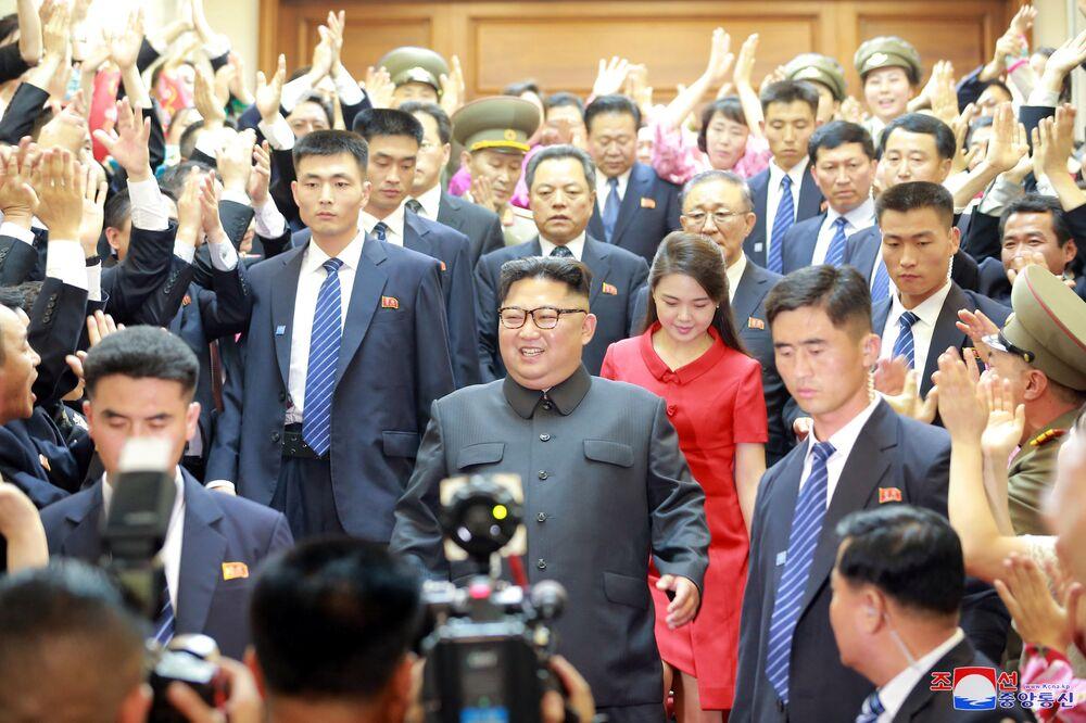 Kim Dzong Un podczas wizyty w Chinach
