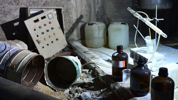 Laboratorium chemiczne bojowników w syryjskim mieście Duma - Sputnik Polska