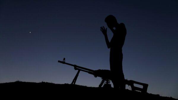 Żołnierz Wolnej Armii Syrii - Sputnik Polska