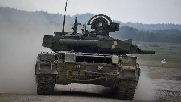 Ukraiński czołg T-34 na biathlonie w Niemczech - Sputnik Polska