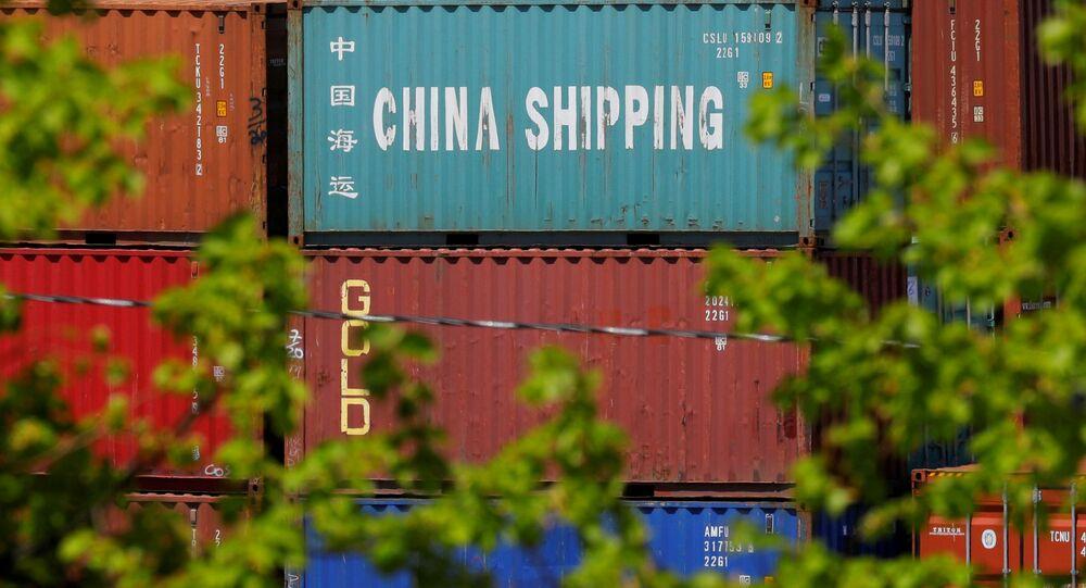 Terminal kontenerowy Paul W. Conley w porcie w Bostonie, USA