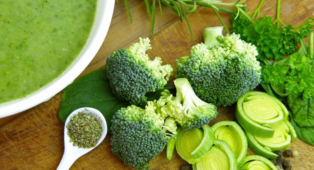 Brokuły i zupa warzywna