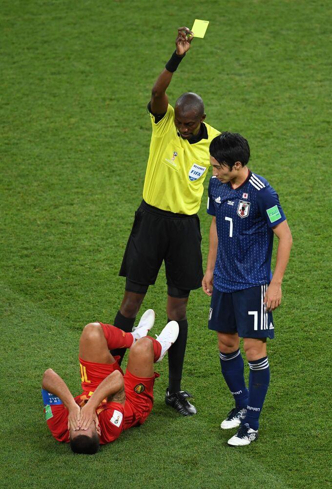 Gaku Shibasaki otrzyma żółtą kartkę