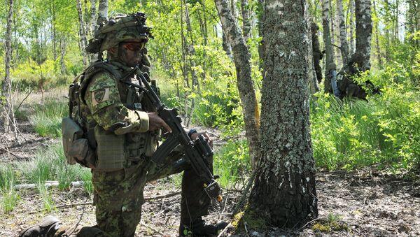Estońscy żołnierze podczas ćwiczeń wojskowych. Zdjęcie archiwalne - Sputnik Polska
