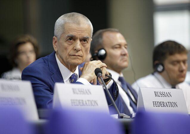 Członek rosyjskiej delegacji, wiceprzewodniczący komitetu ds. oświaty Dumy Państwowej Gennadij Onieszczenko na sesji ZP OBWE w Berlinie