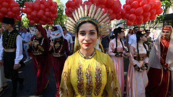 Obchody 1 maja w Symferopolu - Sputnik Polska