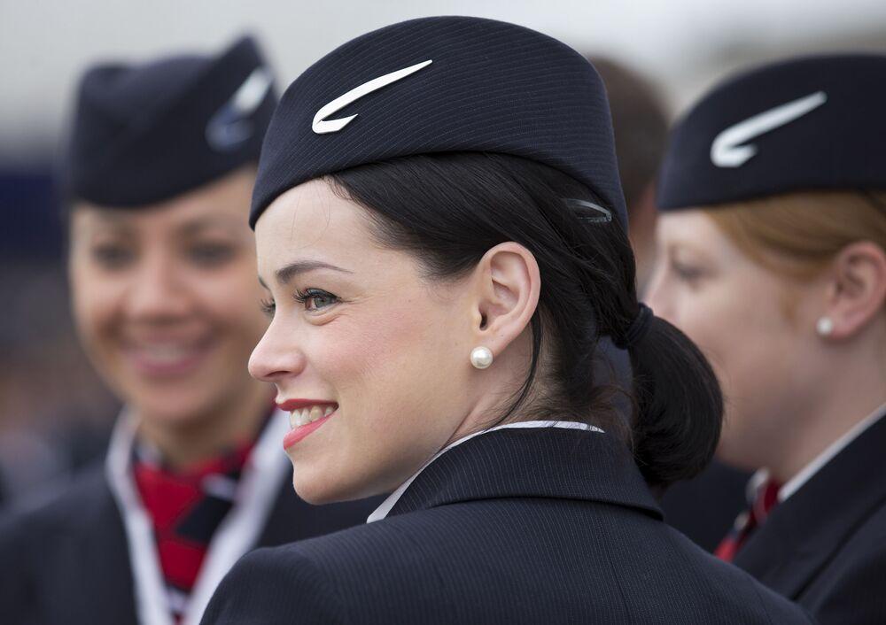 Stewardessy linii lotniczych British Airways