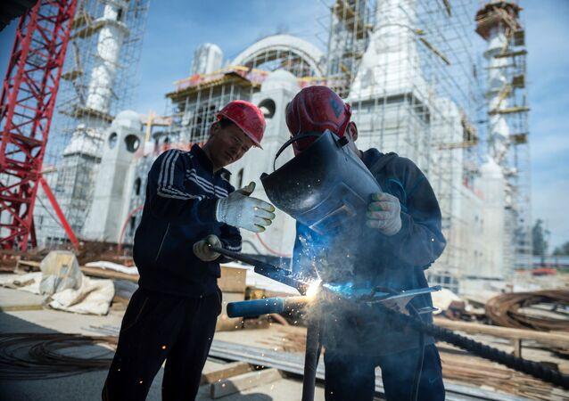 Budowa meczetu w Symerfopolu